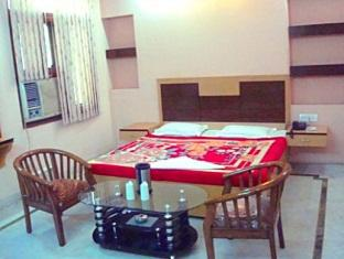 Hotel Baba Continental New Delhi and NCR - Deluxe Room