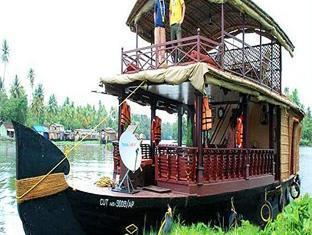 Photo 4 Jct Houseboats Kumarakom