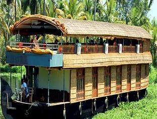 Photo 3 Jct Houseboats Kumarakom