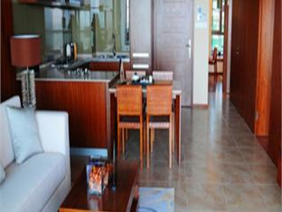 Oceanview Sanya Bay Service Apartment - All Suite Hotel - More photos