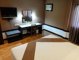 Holiday Spa Hotel Cebu City - Guest Room