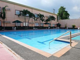 Holiday Spa Hotel Cebu City - Bazén