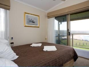 Merimbula Beach Resort & Holiday Park - Room type photo