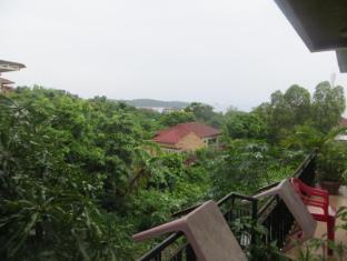 Divers Inc Hotel Sihanoukville - View