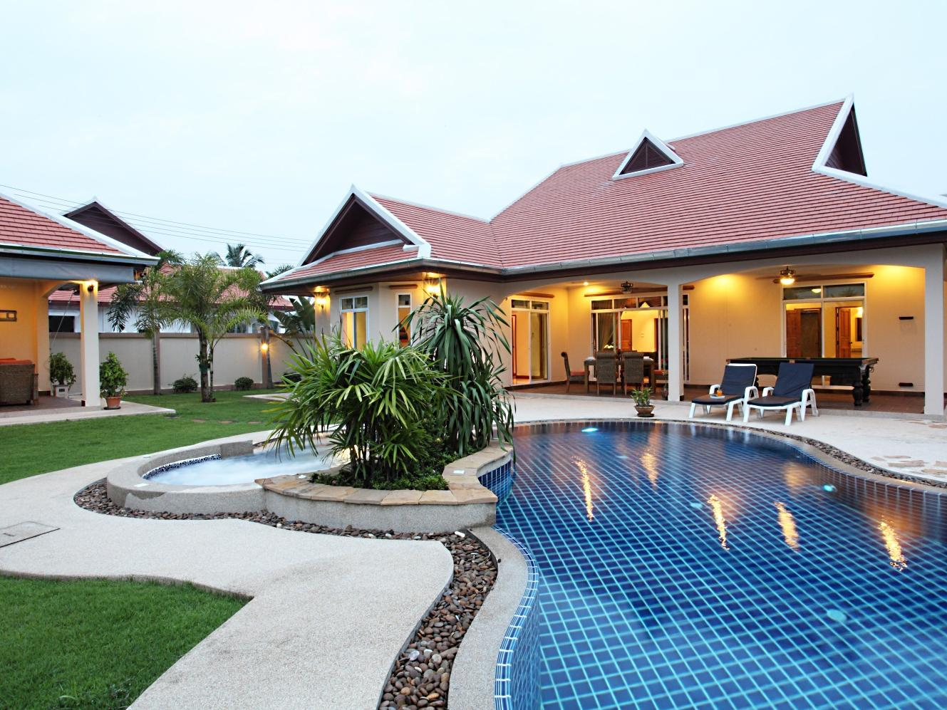 The Chase & Foxlea Executive Pool Villas - Hotell och Boende i Thailand i Asien