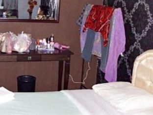 Asian Hotel Kuching קוצ'ינג - חדר שינה