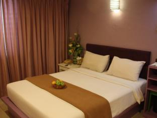 Samudra Court Hotel - Room type photo