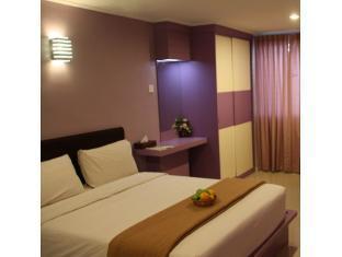 Samudra Court Hotel - Room type photo