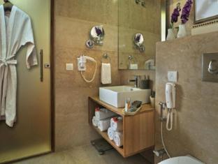 The Visaya Hotel New Delhi and NCR - Superior - Bathroom