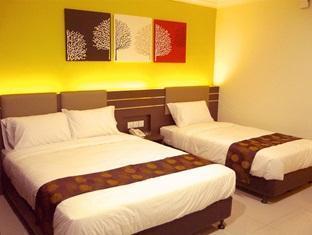 GM Holiday Inn - More photos