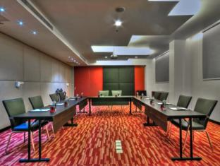 Galleria 10 Sukhumvit by Compass Hospitality Bangkok - Meeting Room