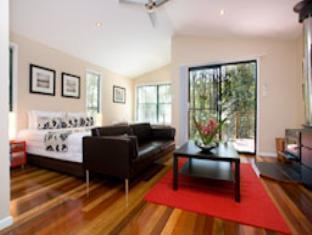 Amore on Buderim Rainforest Cabins - Room type photo