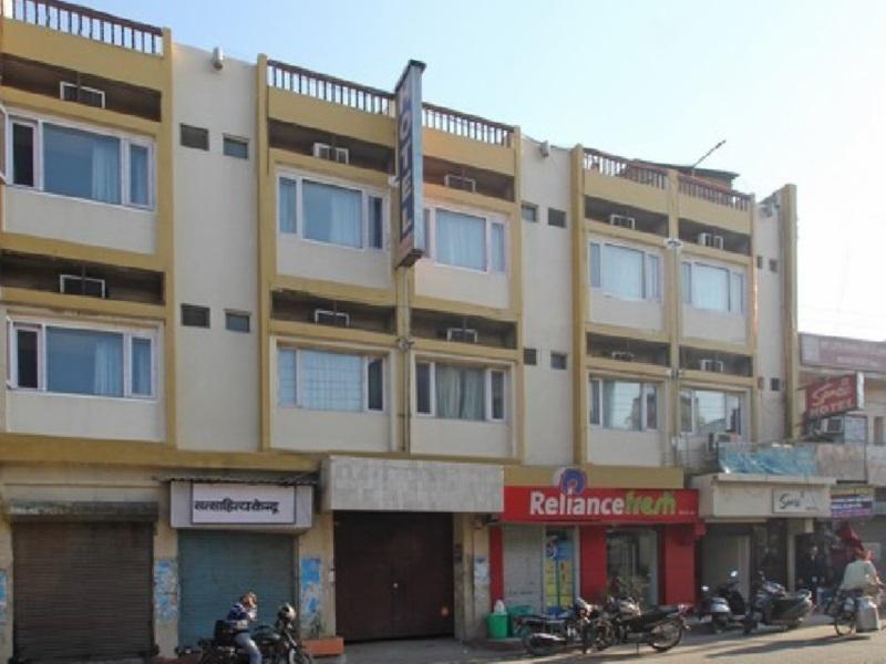 Samrat Hotel - Hotell och Boende i Indien i Ludhiana