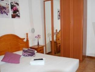 Pension Francia Hostel Barcelona - Guest Room