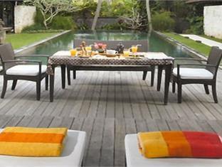 Villa Bayanaka Bali - Swimming Pool