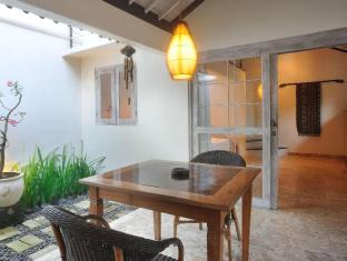 Villa Kresna Boutique Villa Bali - Balkong/terrass