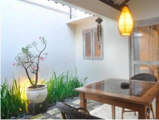 Villa Kresna Boutique Villa Bali - Hotel Innenbereich
