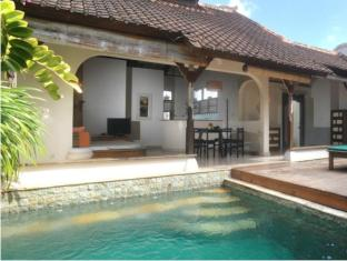 Villa Kresna Boutique Villa Bali - Swimmingpool