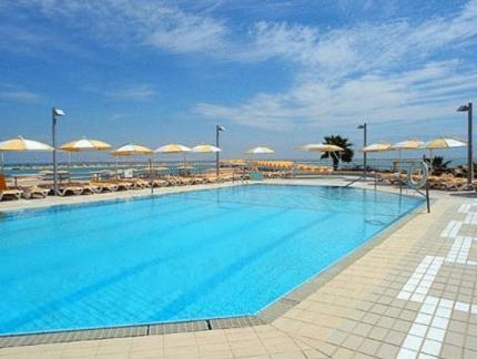 Hodhamidbar Resort & Spa Hotel Dead Sea - Swimming Pool