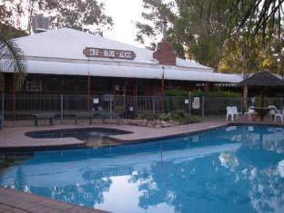 Heavitree Gap Hotel - More photos