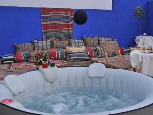 Hotel El Kennaria Marrakech - Hot Tub