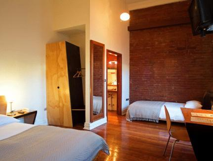 Hotel Latitud 33º Sur - Hotels and Accommodation in Chile, South America
