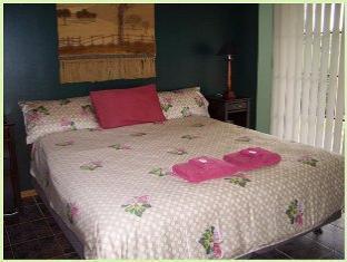 Madison's Mountain Retreat - Room type photo