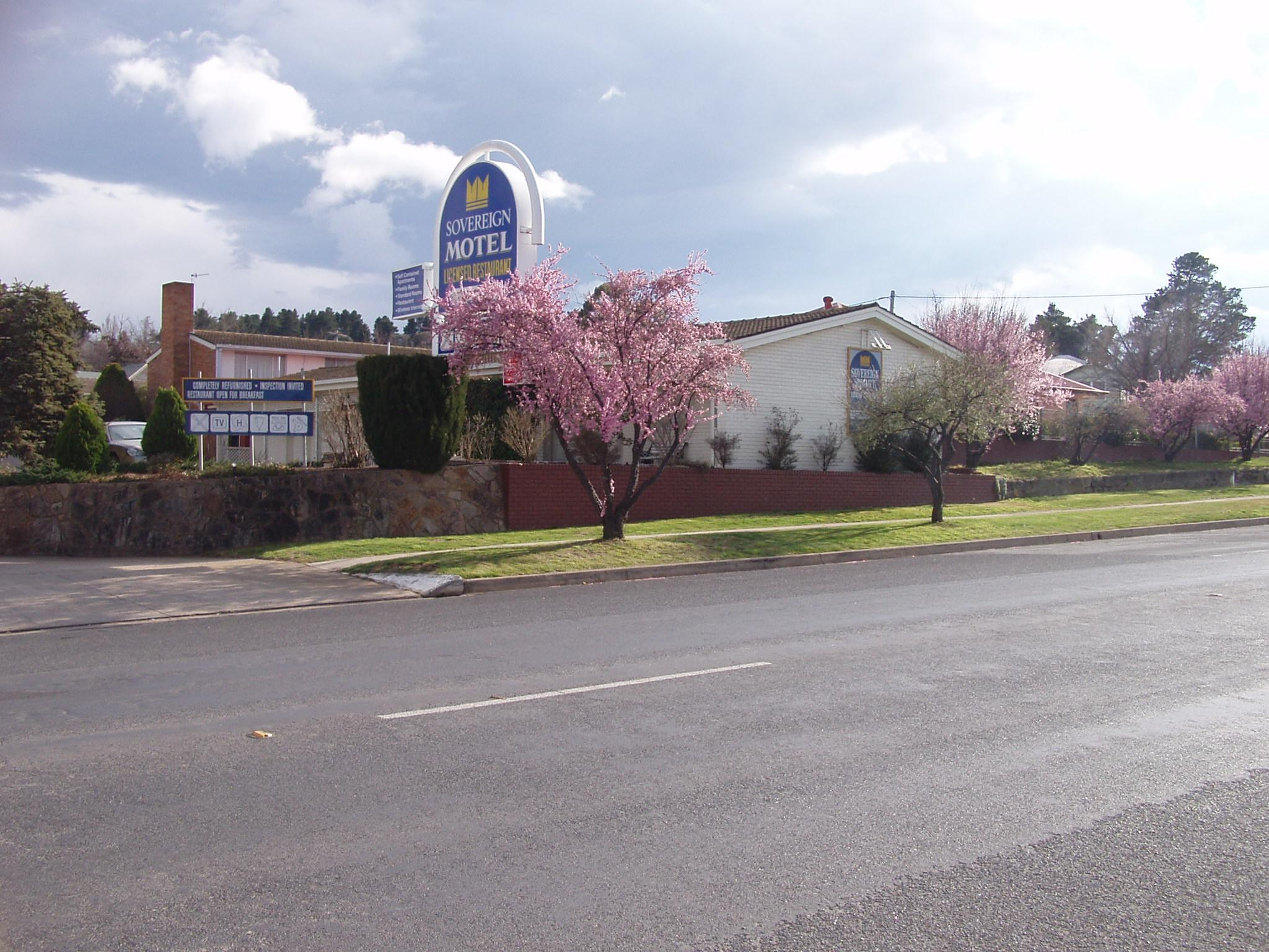 Sovereign Inn Cooma Self Contained Apartments - Hotell och Boende i Australien , Cooma