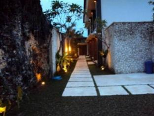 21 Lodge Bali - Exterior