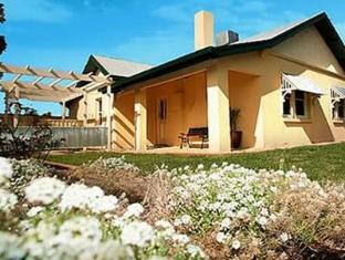 Emaroo Cottages Mildura