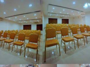 Amshi International Inn Bengaluru / Bangalore - Meeting Room