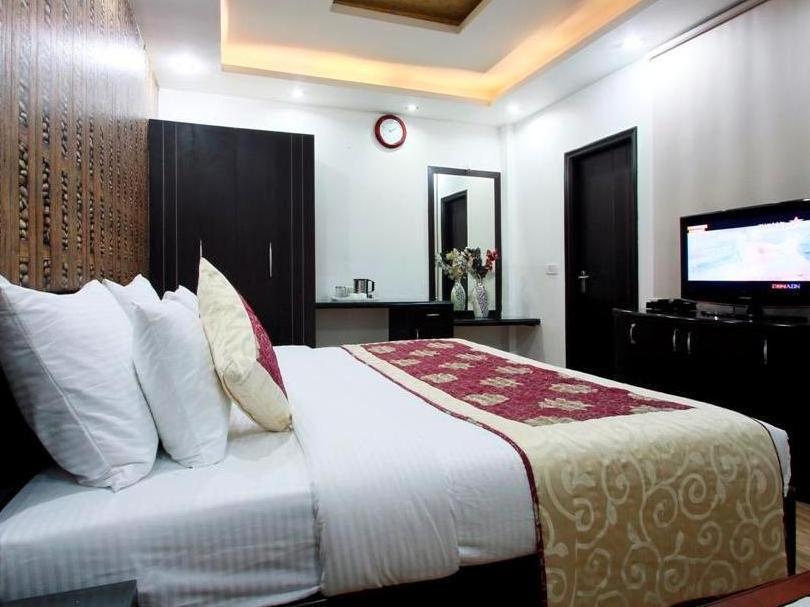 Hotel Universe Inn - Hotell och Boende i Indien i New Delhi And NCR