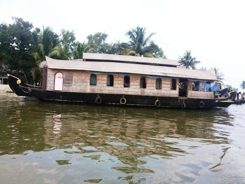 A.T.D.C. House Boats - Hotell och Boende i Indien i Alleppey