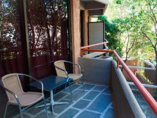 Apollonia Hotel Apartments Athens - Typical Balcony