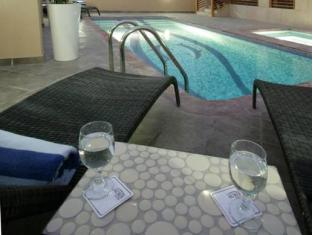 Auris Lodge Dubai - Swimming Pool