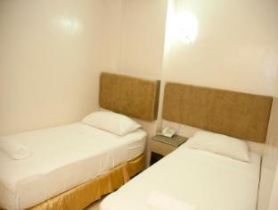 Hotel Stella סבו - חדר שינה