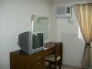Joyce Apartelle Mandaluyong - More photos