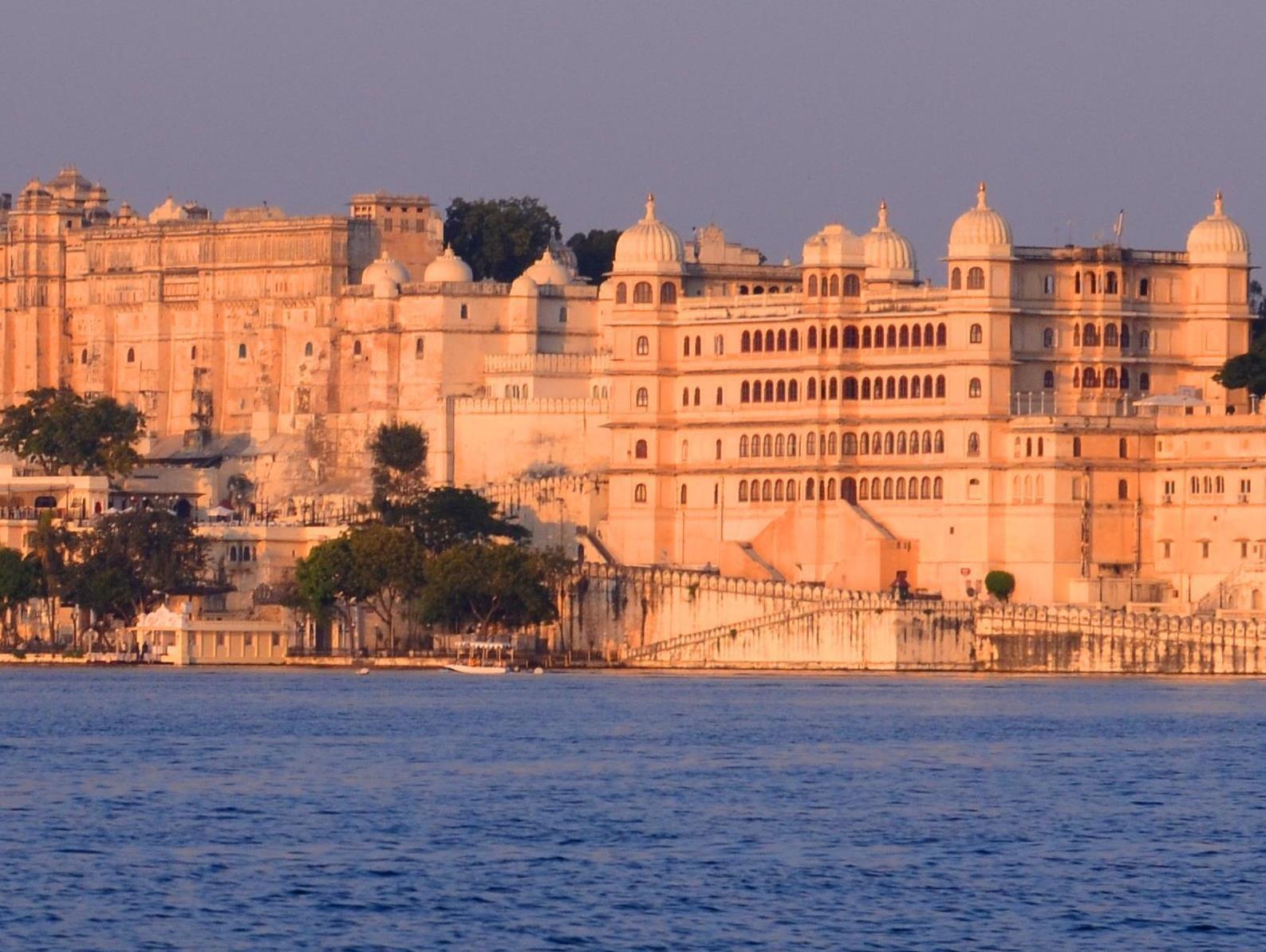 Fateh Prakash Palace Hotel - Hotell och Boende i Indien i Udaipur