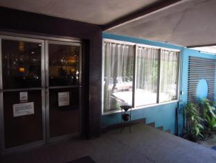 Hotel Cesario Sebu - Įėjimas