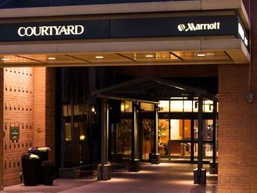 Courtyard by Marriott New York Manhattan/Times Square South Hotel