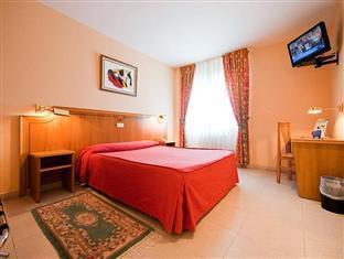 Rey Arturo Hotel photo