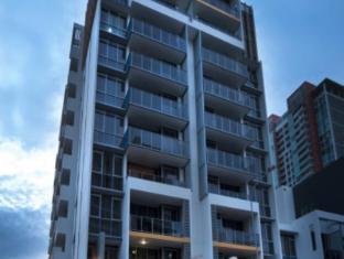 Meriton Serviced Apartments Southport Gold Coast - Exterior