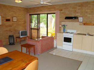 Noosa Yallambee Holiday Apartments - Room type photo