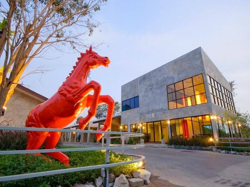 Red Horse Resort Pattaya
