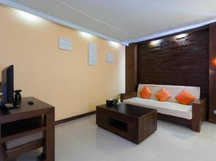 The Bliss Suite Phuket - Living Room