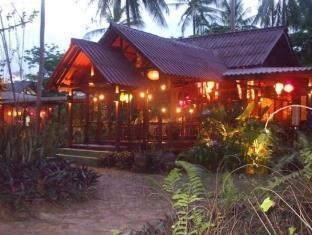 The Emerald Bungalow Resort
