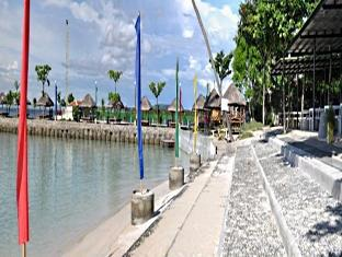 Camp Holiday Resort & Recreation Area Davao Stadt - Strand