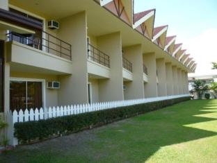 Camp Holiday Resort & Recreation Area Davao City - Hotellet udefra