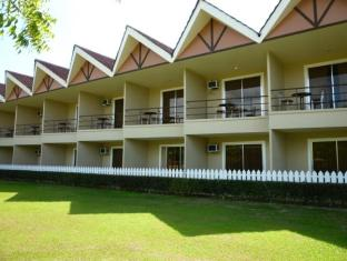 Camp Holiday Resort & Recreation Area Davao City - Hotel Aussenansicht