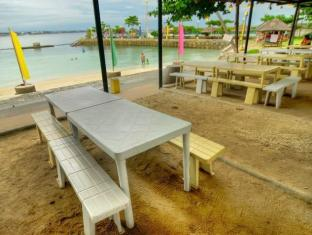Camp Holiday Resort & Recreation Area Davao - Persekitaran